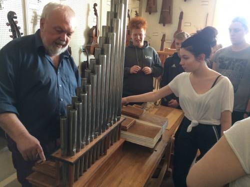 Orgelpfeifen zum Anfassen